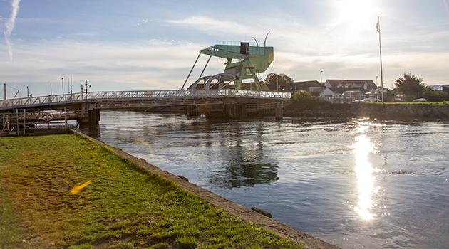 Uforudset problem forhaler broåbning for skibstrafik